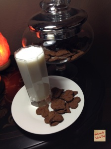 Picture of Raw Almond Milk & Raw Cookies!